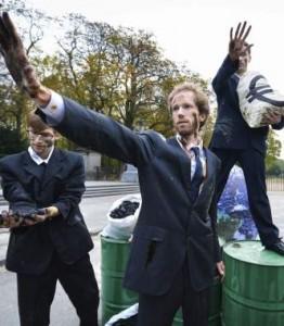 Activistas protestan en Bruselas, en 2014. (EFE)