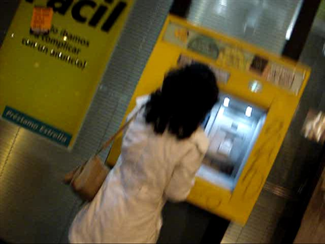 videos de chinitas putas Cajero automático