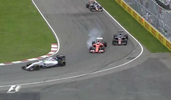 Pasada de frenada de Vettel en la pelea con Alonso.
