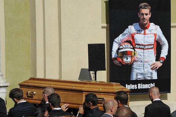 El féretro de Jules Bianchi (Foto: Efe).