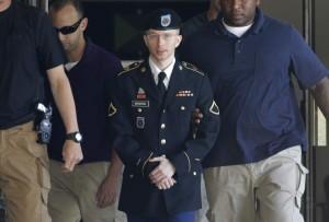 Manning, a la llegada a su juicio por filtrar más de 700.000 documentos y cables diplomáticos a WikiLeaks. (GTRES)