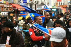 "2012. Manifestantes cantando ""Kabila go away""/ Flickr: Jelena Prtoric"