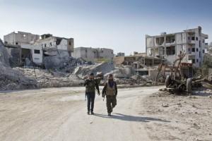 Soldados kurdos a la entrada de Kobane / GTRES