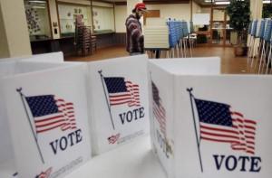 VOTACIONES EN ESTADOS UNIDOSVotantes ejercen su derecho al sufragio en un colegio electoral de Cleveland, Ohio (EE.UU.) (EFE/DAVID MAXWELL)