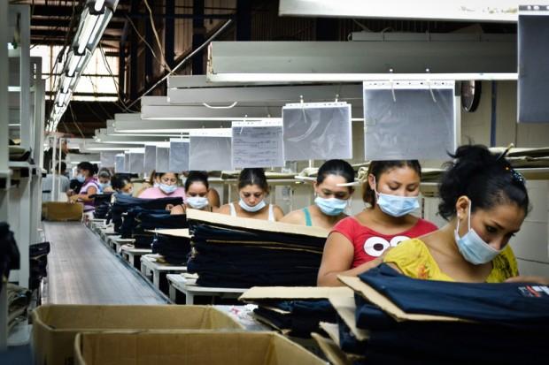 Trabajadoras en un taller textil de Nicaragua. / Oxfam Intermón