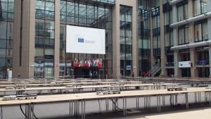 En el Consejo Europeo,  un día antes de nuestra llegada, Grecia selló un acuerdo para su segundo rescate / Núria Segura Insa