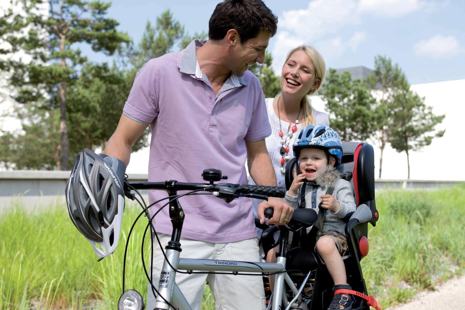 Sobre esas sillitas para llevar en tu bici a los niños pequeños