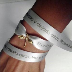 La pulsera libélula, que une a quienes se recuperan de anorexia y bulimia.