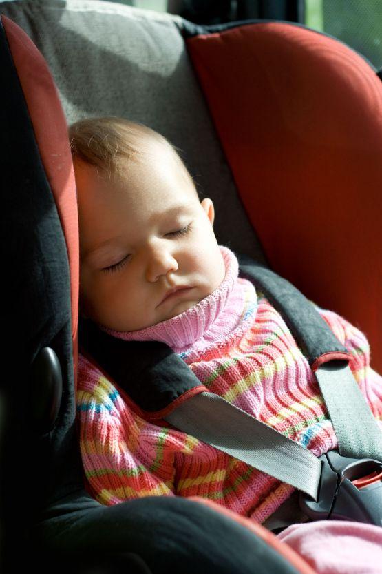 Unos viajes muy largos madre reciente for Silla de seguridad coche