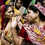 India: la artesanía y y los microcréditos permiten a las mujeres de la cooperativa Asha salir adelante. Imagen de Pablo Tosco