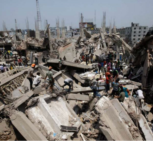 Imagen del edificio Rana Plaza hundido en Bangladesh