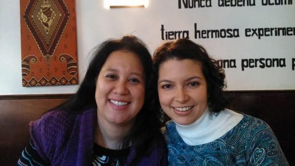 María Alexandra Vásquez (abogada) y Catalina Villa (psicóloga), miembros del Equipo Técnico de Pueblos Unidos. Foto: Marga Saldaña