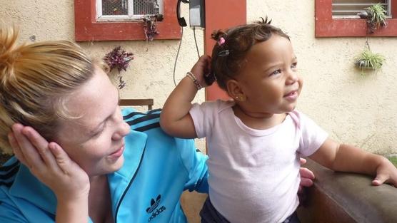 Raquel y su hija Mía. Imagen: change.org