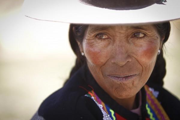 Virginia Ñuñoca demuestra que se puede vencer el cambio climático (c) Percy Ramírez / Oxfam