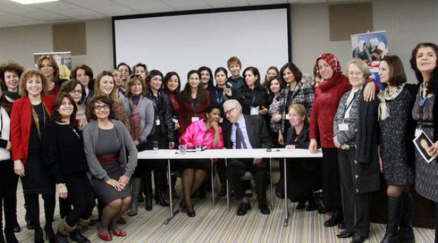 La Syrian Women's Initiative for Peace and Democracy (SWIPD) reúne lideresas de 49 organizaciones. Fuente: http://swipad.org/node/45