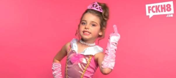 Captura del video de 'princesas malhabladas'. de la organización F8H.