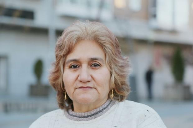 Teresa Moreno en el barrio de Tetuán, Madrid, a principios de enero. (C) Laura Martínez Valero/Oxfam Intermón