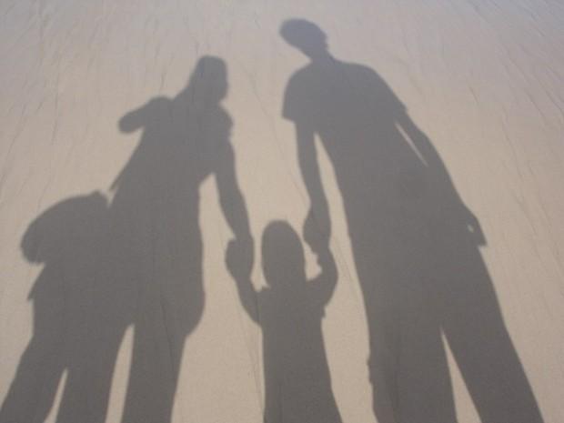 La corresponsabilidad es fundamental en la crianza de los niños. Imagen: Towar / CC0 Public Domain