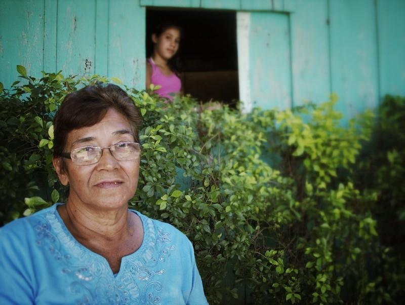 Ceferina es una de las pocas campesinas de Paraguay que no han emigrado a la ciudad por culpa de la invasión de la soja. (c) Susana Arroyo / Oxfam Intermón