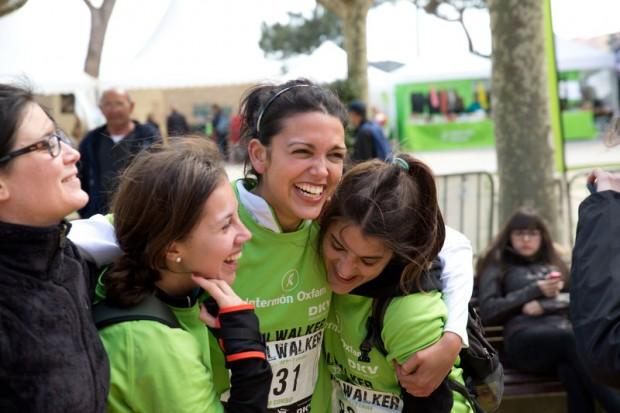Tres mujeres participantes en el Oxfam Intermón Trailwalker de 2013