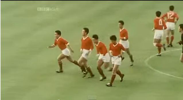 Corea del Norte, en el terreno de juego (YOUTUBE).