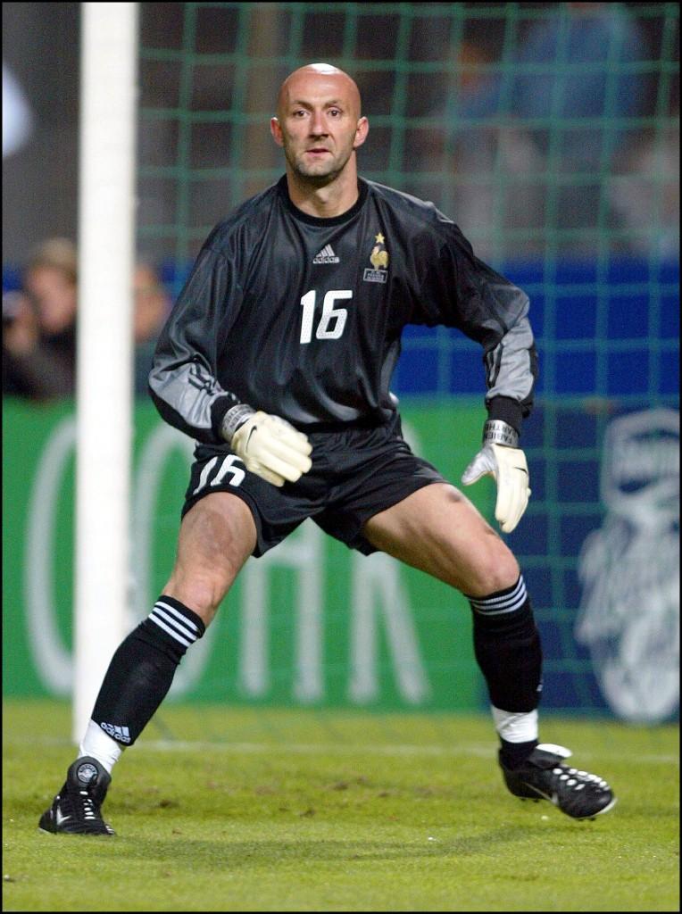 Barthez, en acción con la selección francesa (GTRES)
