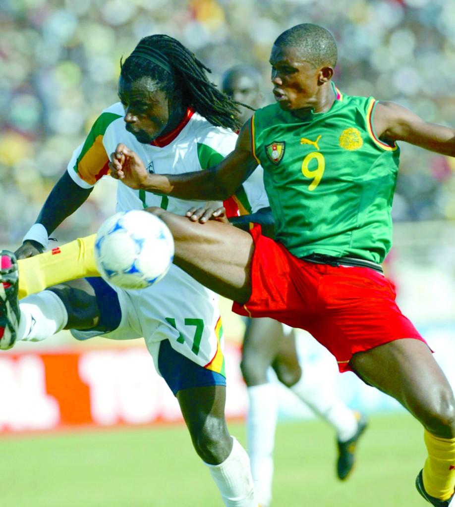 Samuel Eto'o, con la controvertida en la Copa de África de 2002 (Archivo 20minutos).