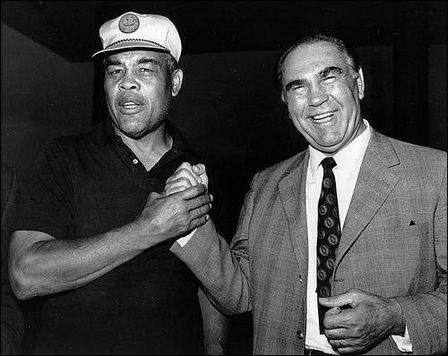 Joe Louis y Schmeling, en 1971 (WIKIPEDIA)
