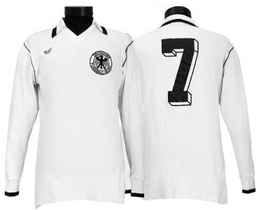 Camiseta de la selección alemana de 1978 (Deutsches Sports Museum)