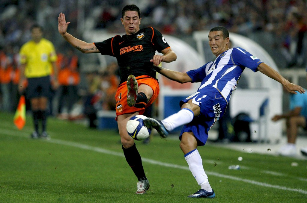 Del Horno, en un partido de Liga con el Valencia en 2008 (Archivo 20Minutos).