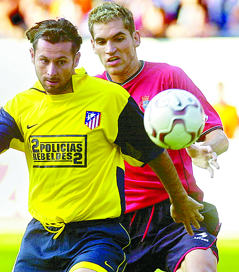 Javi Moreno, jugando con el Atlético de MAdrid en Pamplona en septiembre de 2003 (Archivo 20minutos).
