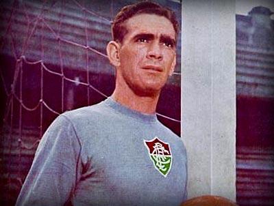 Castilho, posando con la camiseta de su equipo de siempre (WEB FLUMINENSE)