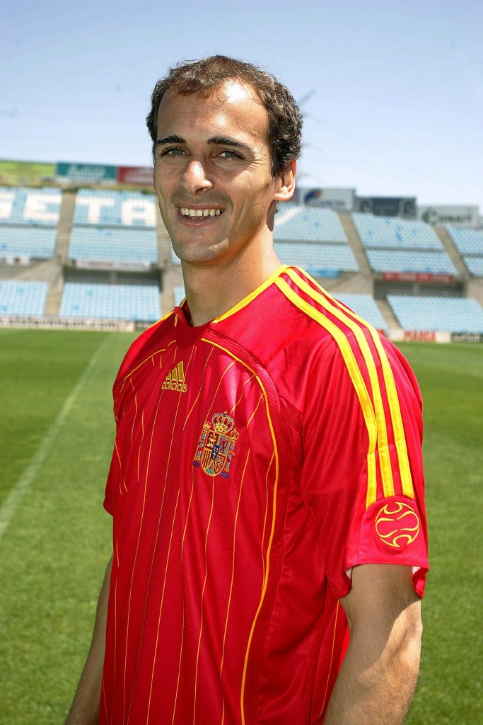 Pernía, en 2006 tras jurar la Constitución Española (Archivo 20minutos).