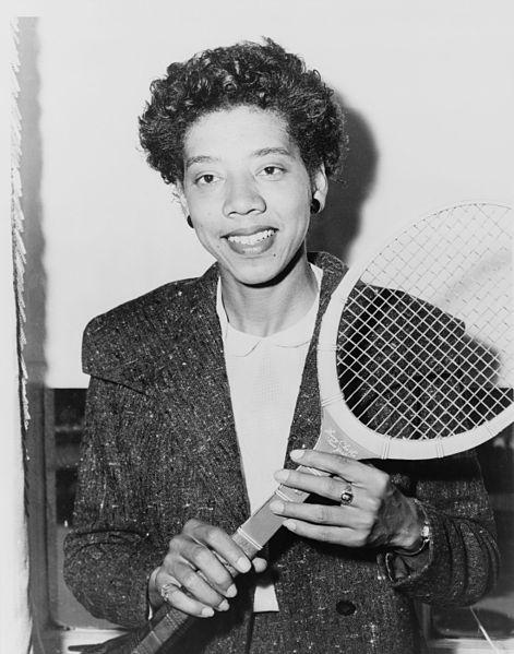 Althea Gibson, en 1956 (WIKIPEDIA).