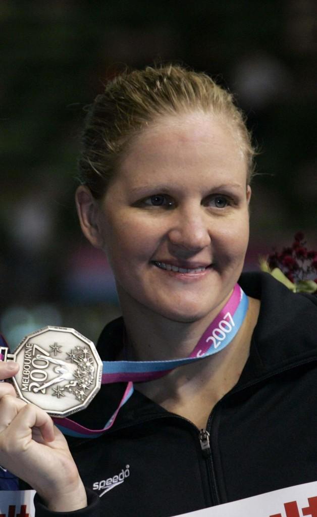 Kristy Coventry, con una medalla lograda en los Mundiales de Melbourne de 2007 (ARCHIVO 20Minutos).
