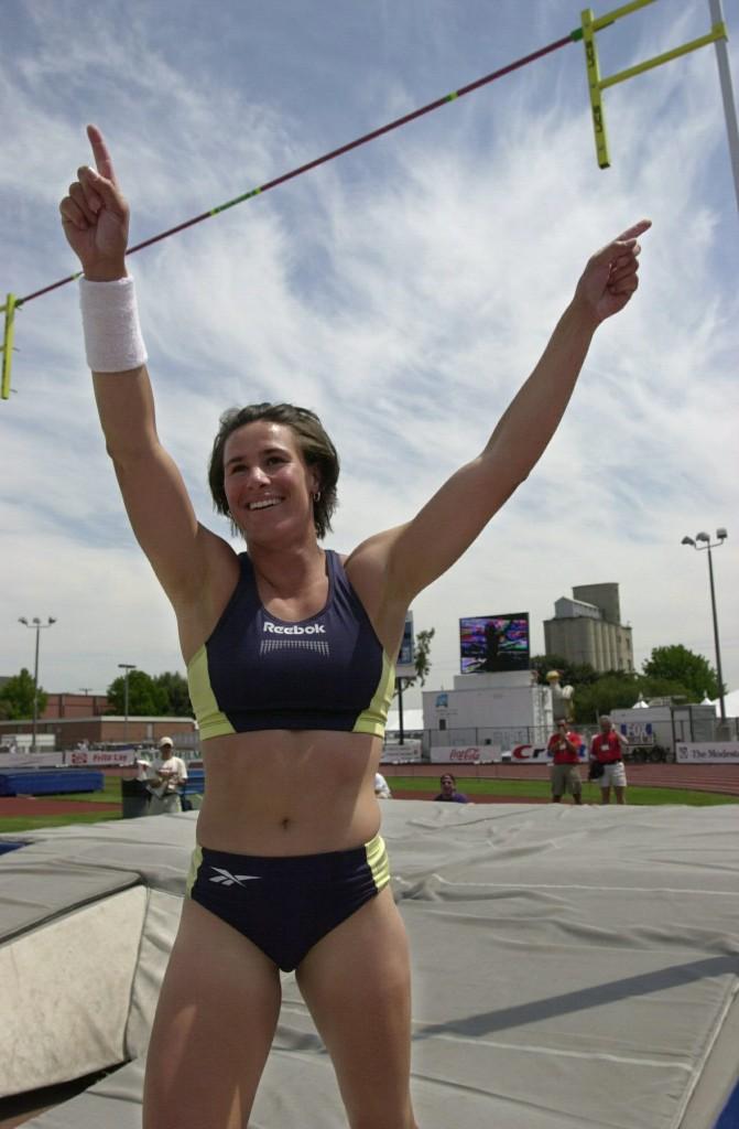Stacy Dragila, tras un buen salto en el año 2000 (Archivo 20minutos).