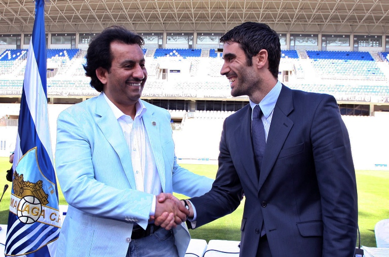Fernando Sanz, junto a su sucesor como dueño del Málaga, el jeque Al Thani (Archivo 20minutos).