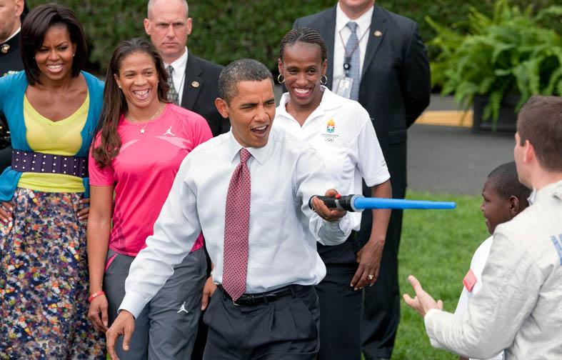 Jackie Joyner-Kersee (de blanco), con los Obama en un acto en la Casa Blanca en 2009 (ARCHIVO 20minutos).