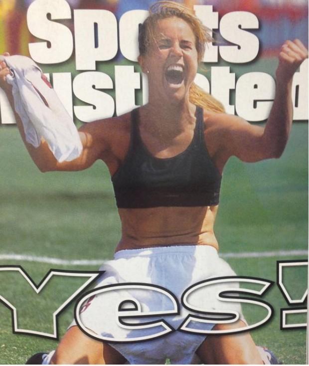 Portada de 'Sports Illustrated' dedicada a Brandi Chastain (SI).