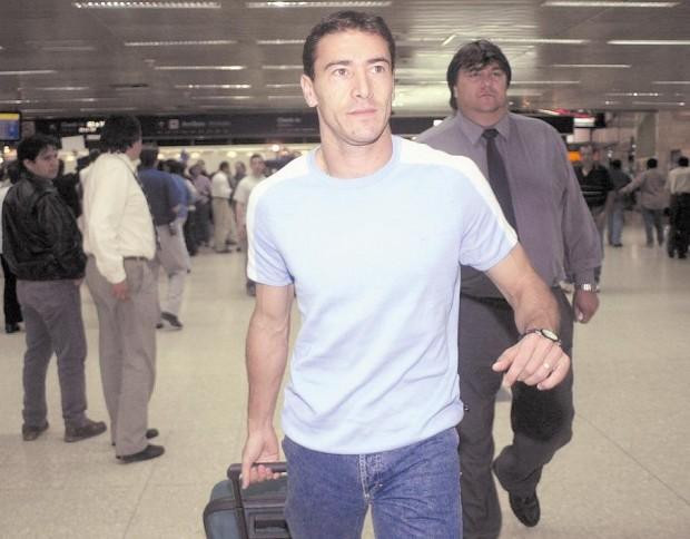 'Kily' González, en el aeropuerto de Ezeiza, en Argentina, en 2001 (Archivo 20minutos).