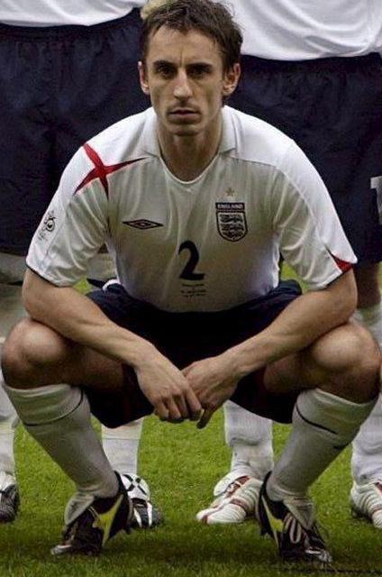 Neville, posando antes de un partido con la selección de Inglaterra (Archivo 20Minutos).