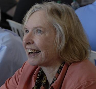 Janet Guthrie, en el circuito de Indianapolis en 2011 (WIKIPEDIA).
