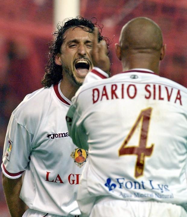 Pablo Alfaro, celebrando un gol con Darío Silva en la Copa del Rey de 2004 (Archivo 20minutos).