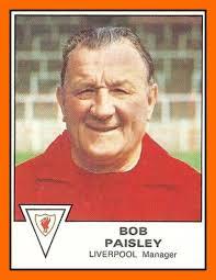 Cromo de Bob Paisley (PANINI).