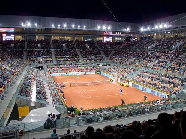 Interior del recinto, en un partido del Open de Madrid de 2011 (WIKIPEDIA).