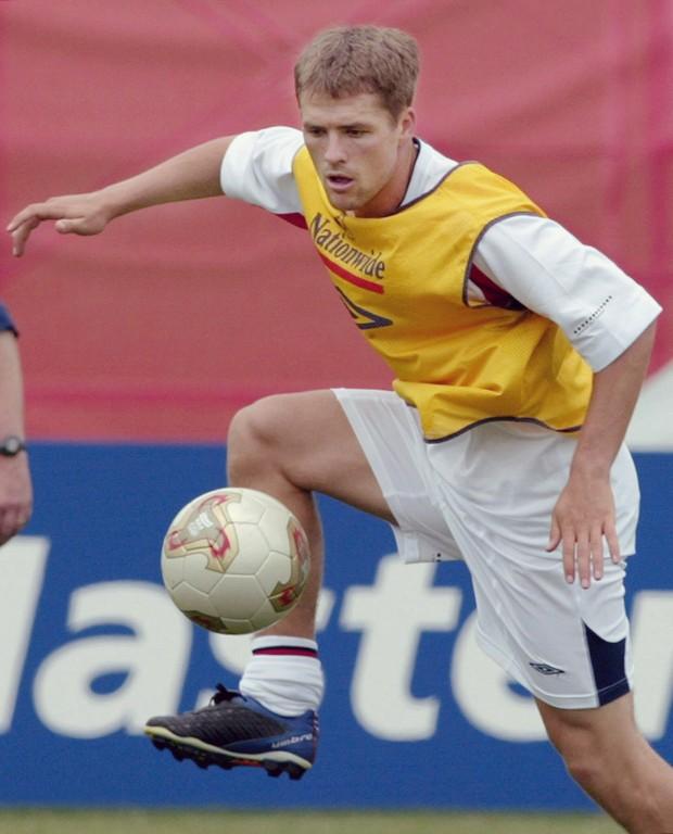 Owen, entrenando con la selección inglesa en Japón antes del Mundial de 2002 (Archivo 20minutos).