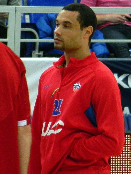 Langdon, en su última temporada en activo, con el chándal del CSKA (WIKIPEDIA).