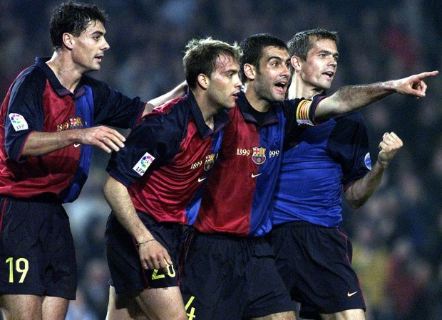 Gabri, junto a Guardiola y acompañado de Dani García Lara y Cocu, en un partide la Liga 99/2000 ante el Numancia en el Camp Nou (Archivo 20minutos).