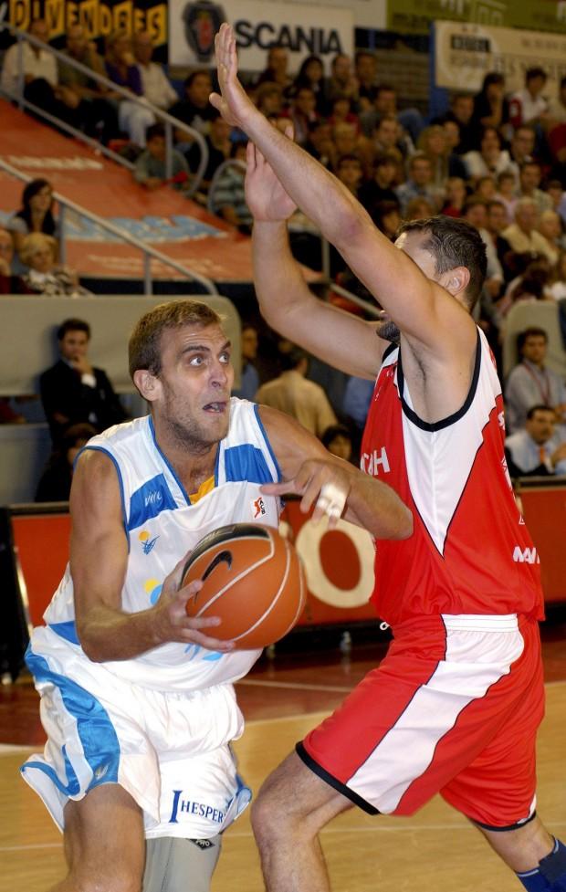 De Miguel, en un partido del Cajasol en Manresa de la Liga ACB 2008/2009 (Archivo 20minutos).