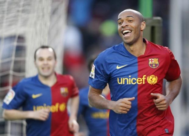 Thierry Henry celebra un gol con el Barcelona en abril de 2009 en Huelva (Archivo 20minutos).